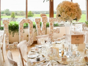 wedding-love-letters-hire